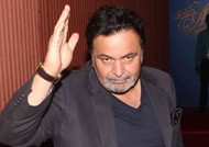 SHAMEFUL: Rishi Kapoor angry with 'So-Called' young Stars!