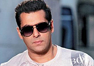 Salman refuses to lock lips with ex-girlfriend Katrina for Tiger Zinda Hai