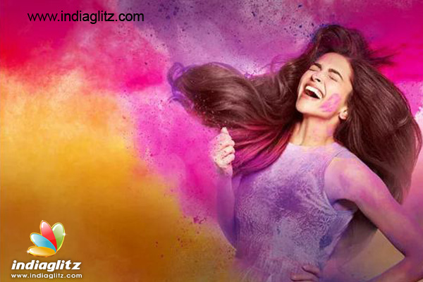 Holi News: Deepika Padukone Enjoys Holi In Advance: SEE Here's How