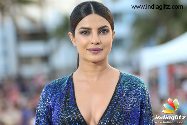 Priyanka's baddie act in Baywatch gets her nominated for Teen Choice Awards