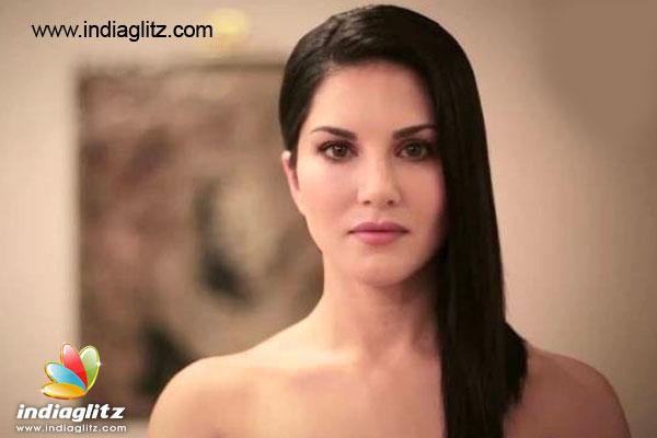 Breast Sunny Leone