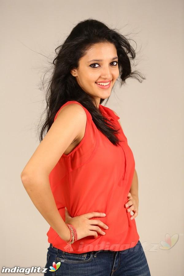 neha shetty   kannada actress image gallery