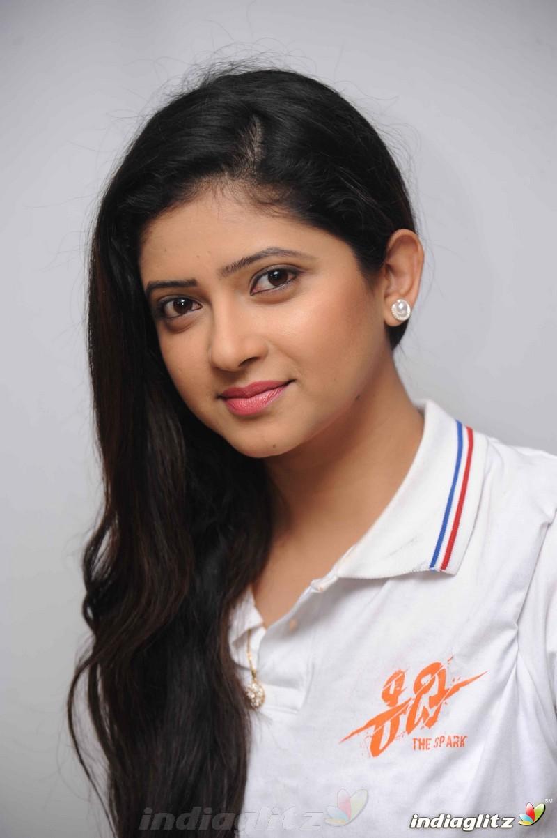 Sanchita shetty actress - 5 5