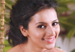 Shruthi signs Mansore film