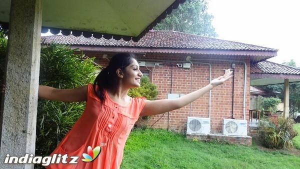 Malayalam Actress Arya Image: Malayalam Actress Photos, Images, Gallery