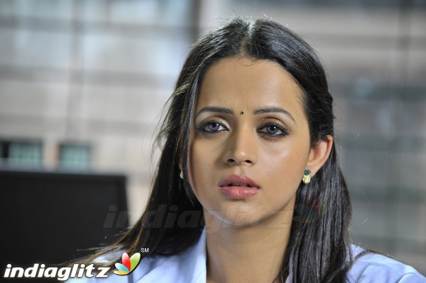 Tamil Actress Bhavana Photos: Tamil Actress Image Gallery