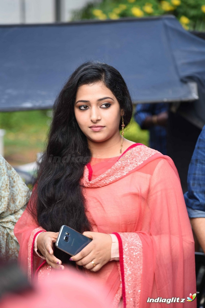 Malayalam Film Actress Gallery  Holidays Oo-3157