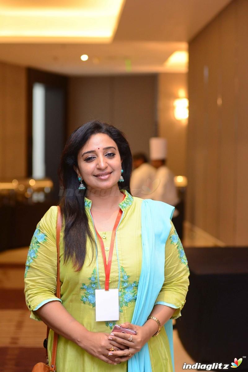 indiaglitz hindi tamil telugu malayalam kannada indian