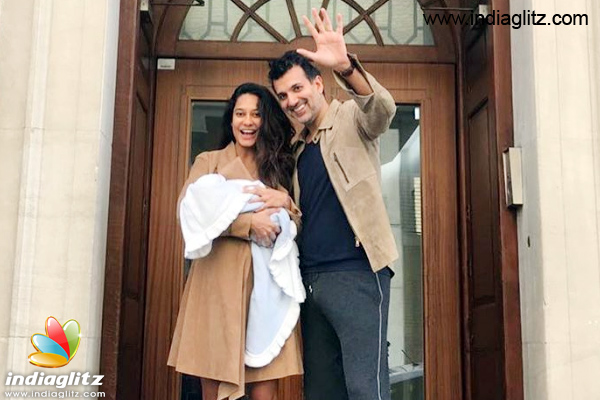 Lisa haydon blessed with baby boy