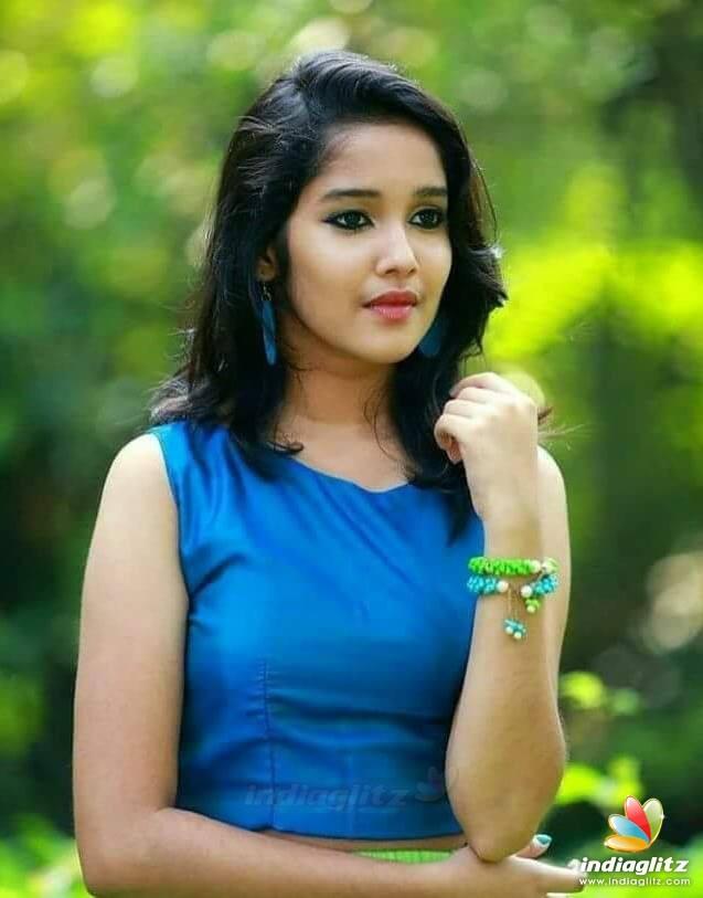 Tamil Actress Photos, Images, Gallery