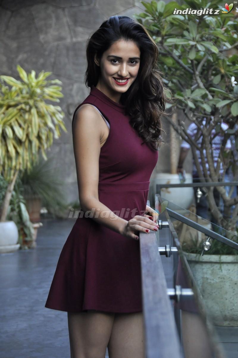 Disha Patani - Tamil Actress Image Gallery