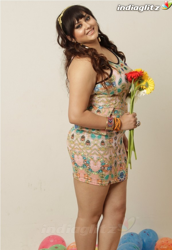 namitha   tamil actress image gallery