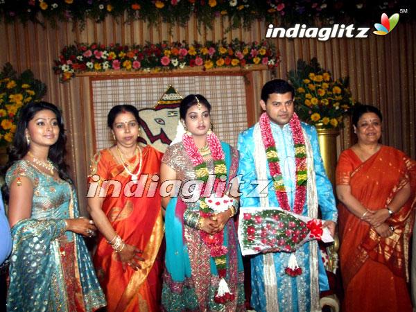 Actress sneha brother wedding photos : Dalam mihrab cinta ...  Actress sneha b...