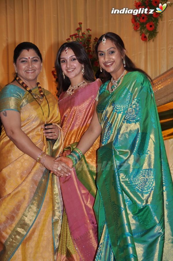 vijayakumar manjula family photos