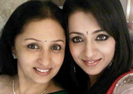Actress Trisha hospitalized? Mother Uma Krishnan explains