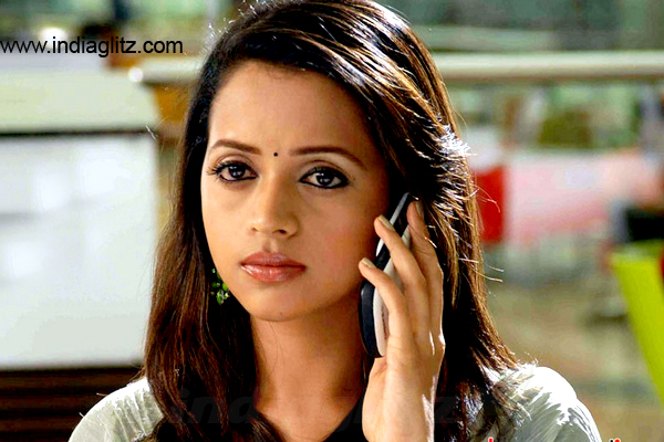 Malayalam actress Bhavana kidnapped and molested in moving vehicle, driver arrested