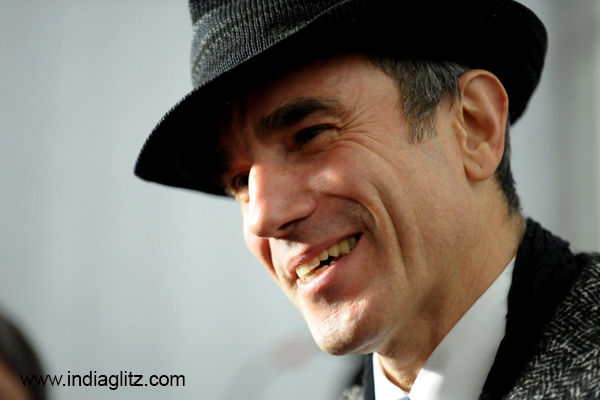 Daniel Day-Lewis Retiring From Acting