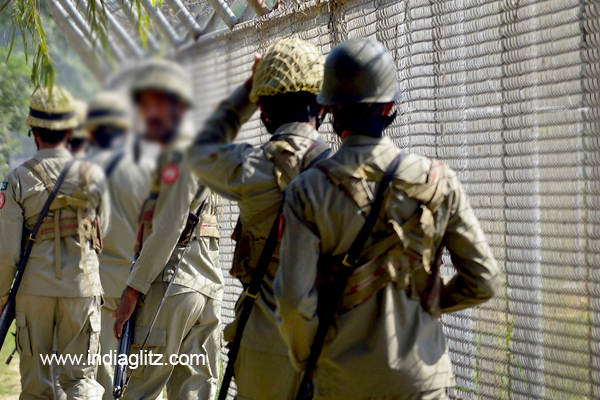 Pakistani shelling at LoC, India retaliates
