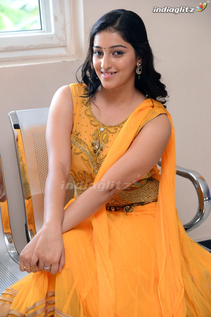 mouryani   telugu actress image gallery