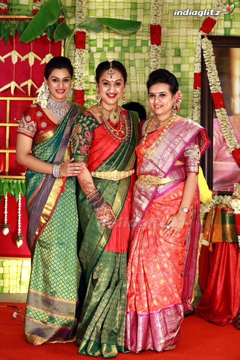 Events actress sridevi vijayakumar seemantham function for Baby shower function decoration
