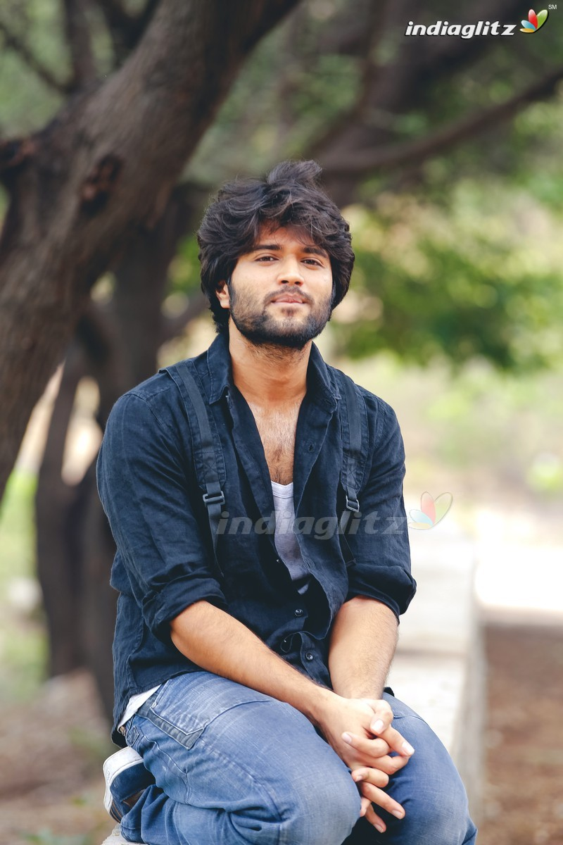 Arjun Reddy Telugu Movies Image Gallery