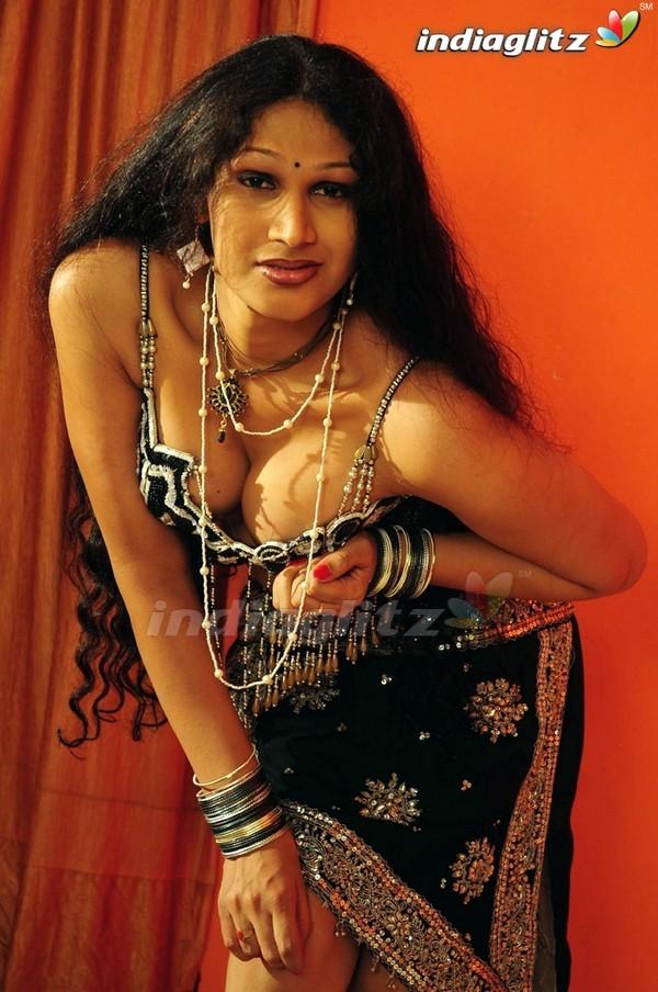 Aunty Katha - Telugu Movies Image Gallery