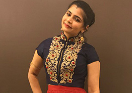 Aadhar-less Chinmayi wonders about Tirumala 'darshan'!