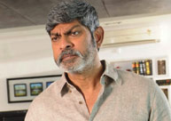 Jagapathi warns builder