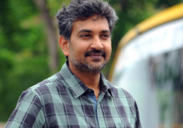 Rajamouli comes up with a sun-tillating idea!