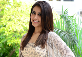 Raashi Khanna thanks Priyanka
