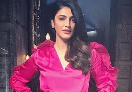 Shruti Haasan to romance NTR's villain