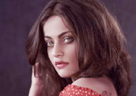 Sneha Ullal Talks about Bravery in a Tweet