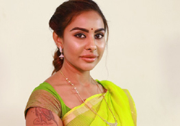 That's how bed the heroines: Sri Reddy