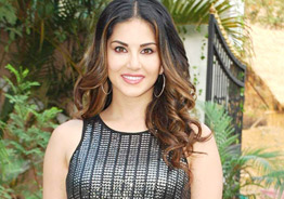 Here is why Sunny Leone is excited about 'Veera Maha Devi'