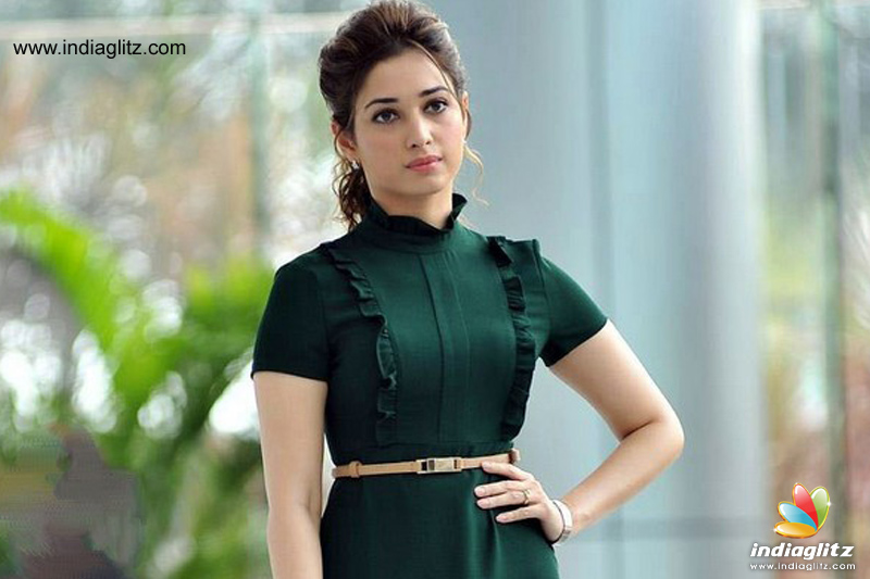 Shoe hurled at Baahubali actress Tamannaah Bhatia